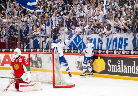 Leksand firar i matchen mot Mora. Foto: Andreas Sandstršöm / BILDBYRÅN