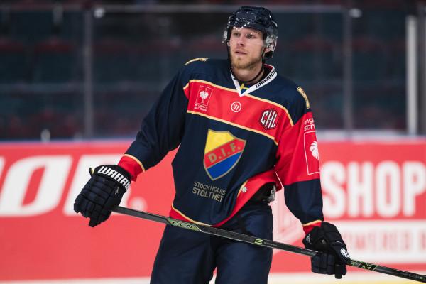 Alexander Urbom i Djurgården. Foto: Andreas L Eriksson / BildbyrŒån