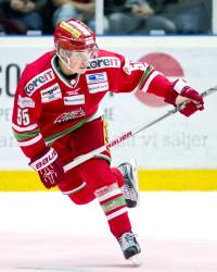 Albin Runesson i Modo Hockey. Foto: Robbin Norgren / BILDBYRÅN