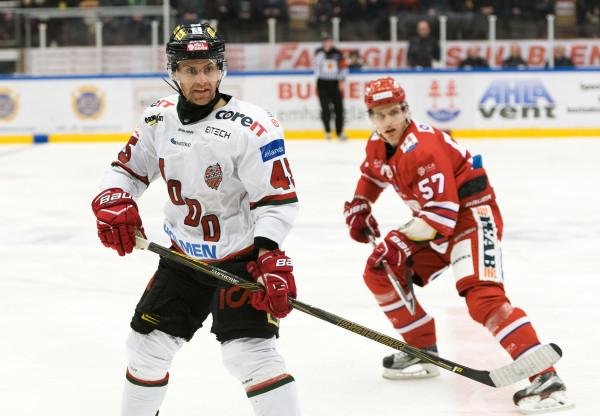 Oscar Steén i MODO Hockey. Foto: PäŠr Olert / BILDBYRÅN